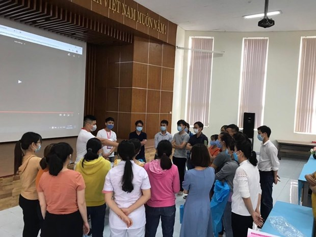 Bo Y te khan cap dieu them chuyen gia toi Thua Thien-Hue va Quang Nam hinh anh 1