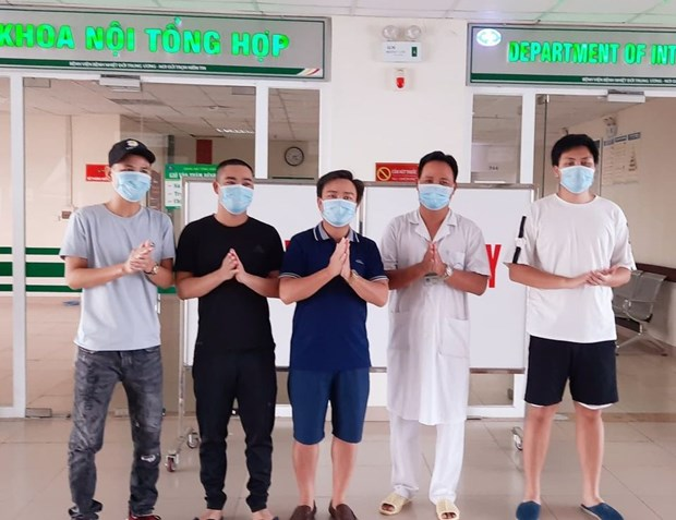 Viet Nam ghi nhan them 5 truong hop mac COVID-19, duoc cach ly ngay hinh anh 2