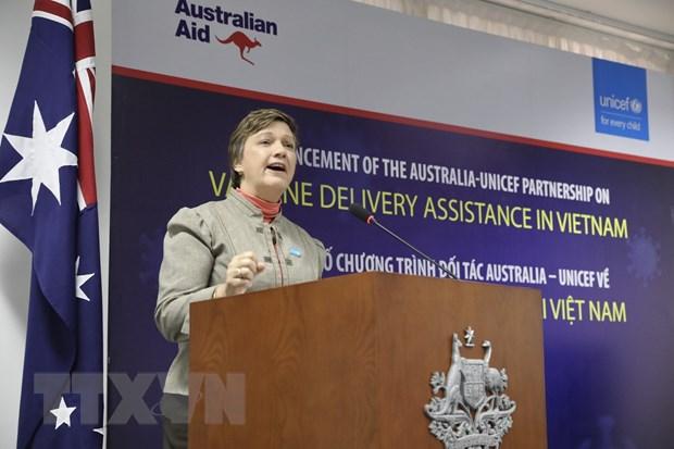 Australia va UNICEF ho tro phan phoi vaccine COVID-19 o Viet Nam hinh anh 1