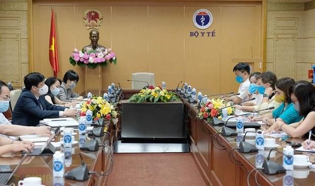 UNICEF cam ket ho tro thuc day de nhanh chong co vaccine ve Viet Nam hinh anh 1