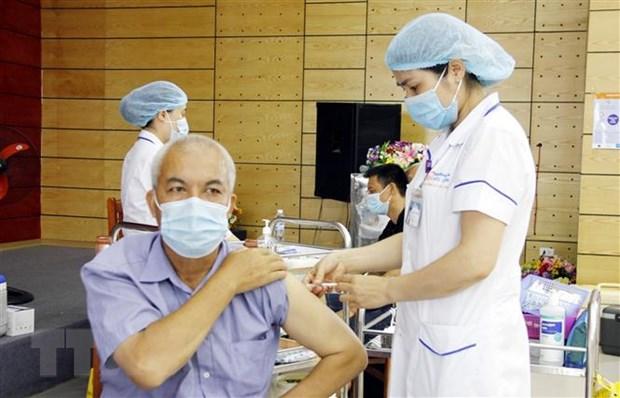 Viet Nam thiet lap 8 kho bao quan cho chien dich tiem vaccine lon nhat hinh anh 1