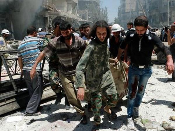 Chinh quyen Syria tan cong Aleppo, 27 nguoi thiet mang hinh anh 1