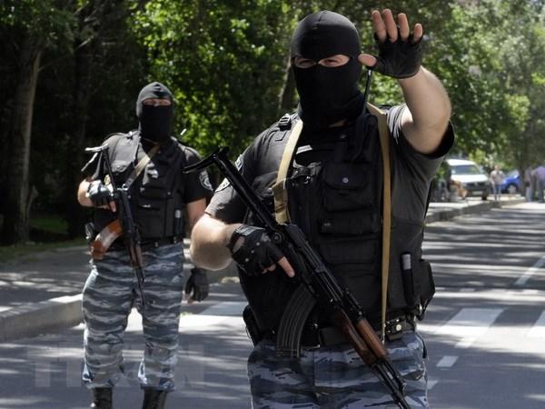 Ukraine chi dam phan sau khi phien quan hoan toan ha vu khi hinh anh 1