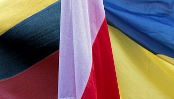Ba Lan, Litva va Ukraine thanh lap don vi gin giu hoa binh chung hinh anh 1