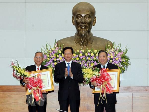 Trao Huan chuong Ho Chi Minh tang hai nguyen Pho Thu tuong hinh anh 1