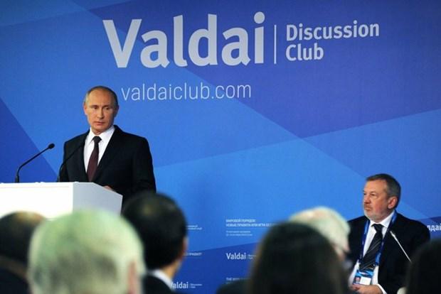 Ong Putin tiet lo da cuu ong Yanukovich thoat hong sung truong hinh anh 1