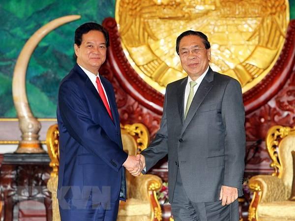 Thu tuong Nguyen Tan Dung hoi kien Tong Bi thu, Chu tich nuoc Lao hinh anh 1