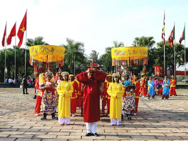 Thanh pho Ho Chi Minh dang cung banh Tet Quoc to Hung Vuong hinh anh 1
