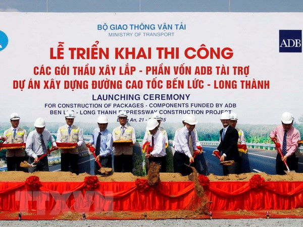 Khoi cong cac goi thau thuoc du an cao toc Ben Luc-Long Thanh hinh anh 1