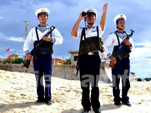 Chien sy Hai quan Nhan dan Viet Nam viet tiep trang su anh hung hinh anh 1