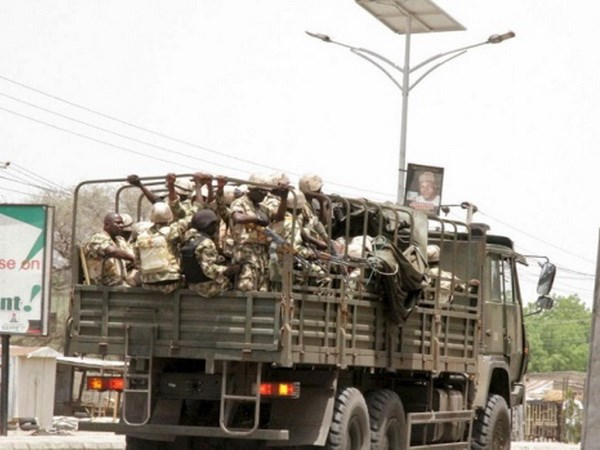 Quan doi Nigeria tuyen bo gianh chien thang moi truoc Boko Haram hinh anh 1