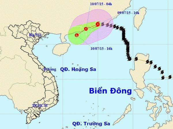 Vung bien Dong vinh Bac Bo song dang cao, bien dong manh do bao hinh anh 1