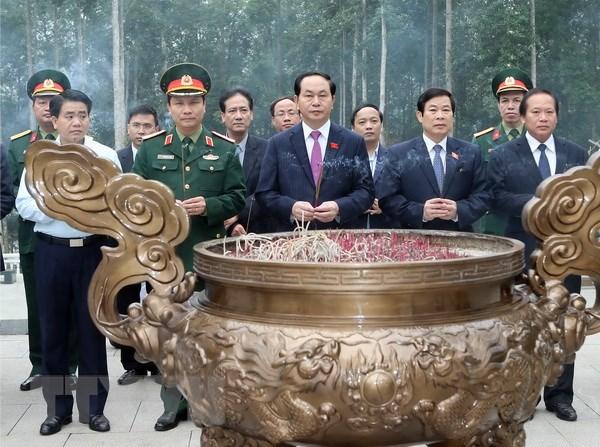 Chu tich nuoc Tran Dai Quang dang huong tai Khu di tich K9 hinh anh 1