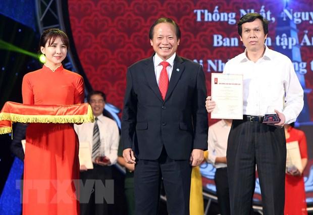 Chu tich nuoc: Nha bao khong duoc uon cong ngoi but truoc cam do hinh anh 6