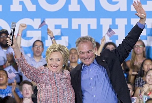 Ba Clinton chinh thuc tro thanh ung cu vien cua dang Dan chu hinh anh 1