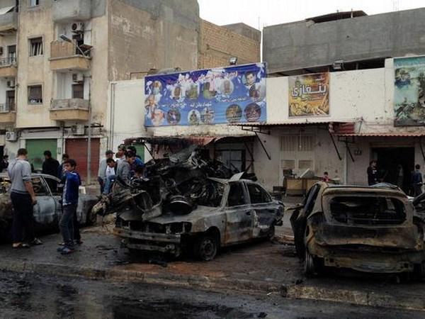 Libya: Danh bom xe o Benghazi, gan 20 nguoi thuong vong hinh anh 1