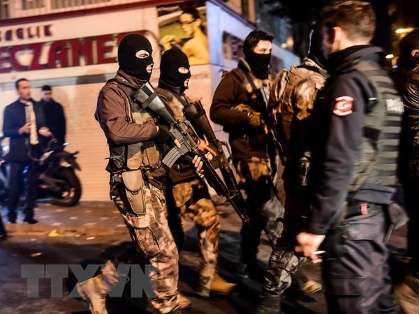 Tho Nhi Ky bat 10 doi tuong tinh nghi lien quan vu danh bom Istanbul hinh anh 1