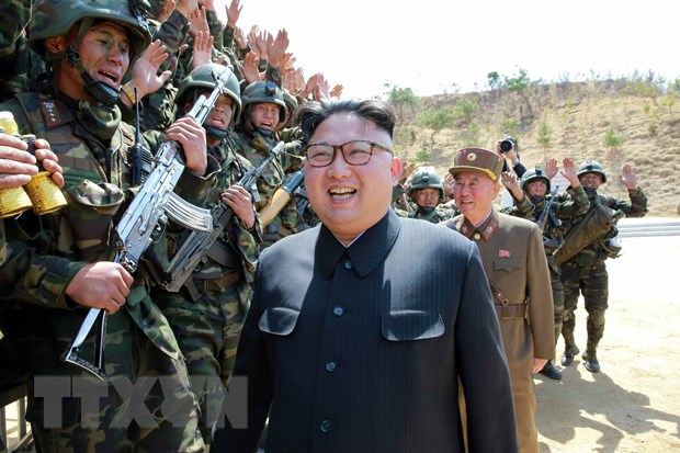 Ong Kim Jong-un nhan manh san xuat