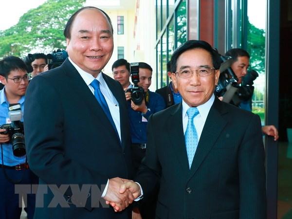 Thu tuong Nguyen Xuan Phuc gap go lanh dao Dang, Nha nuoc Lao hinh anh 2