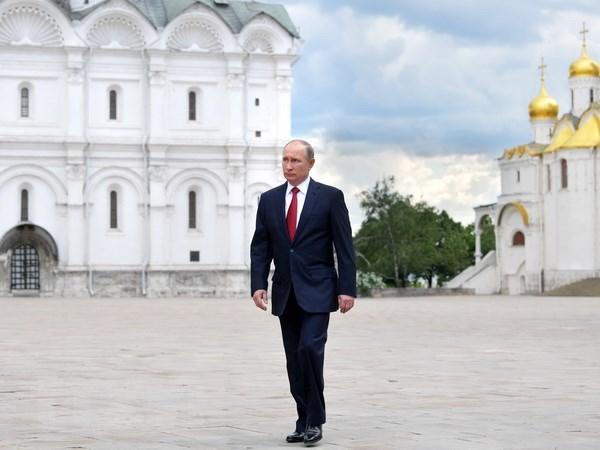 Tong thong Nga Putin tra loi truc tuyen nguoi dan lan thu 15 hinh anh 1