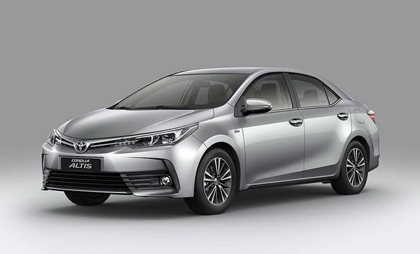 Toyota Altis 2017 moi chinh thuc 'chot' gia tu 702 trieu dong hinh anh 1