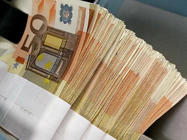 Eurozone giai ngan cac khoan vay 800 trieu euro cho Hy Lap hinh anh 1