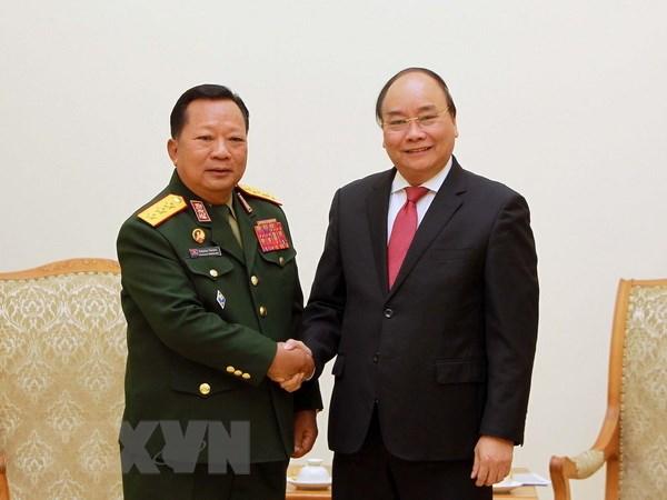 Thu tuong Nguyen Xuan Phuc tiep Bo truong Quoc phong Lao hinh anh 1