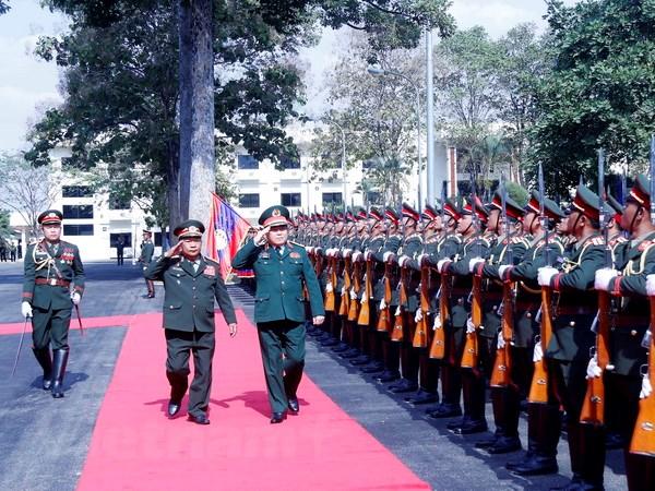 Lao-Viet cung nhau xay dung duong bien gioi hoa binh huu nghi hinh anh 3