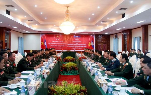 Lao-Viet cung nhau xay dung duong bien gioi hoa binh huu nghi hinh anh 5