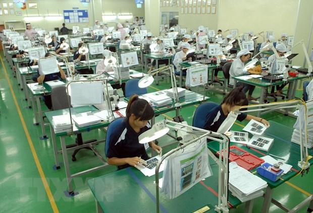 Standard Chartered du bao tang truong GDP Viet Nam dat 6,8% hinh anh 1