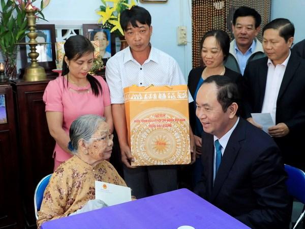 Chu tich nuoc Tran Dai Quang tham chuc Tet tai tinh Kon Tum hinh anh 5