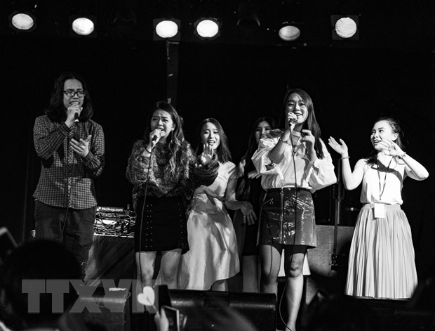 Concert 20 gio bay - Khoi nguon yeu thuong cua du hoc sinh Viet hinh anh 1