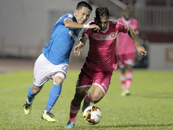 V-League 2018: Than Quang Ninh la Cau lac bo xuat sac nhat thang 3 hinh anh 1