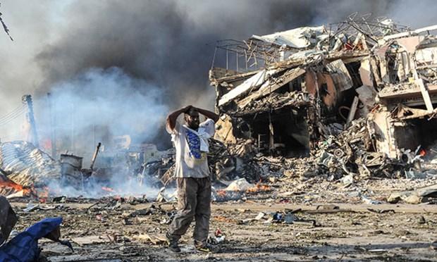 Danh bom san van dong o Somalia, nhieu nguoi chet va bi thuong hinh anh 1