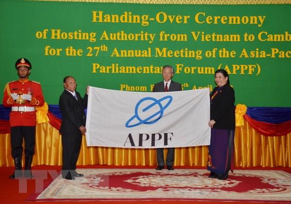 Quoc hoi Viet Nam chuyen giao chuc Chu tich APPF cho Campuchia hinh anh 1