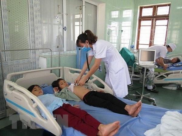 Quang Ninh: Cap cuu thanh cong nam nguoi an nham nam doc hinh anh 1