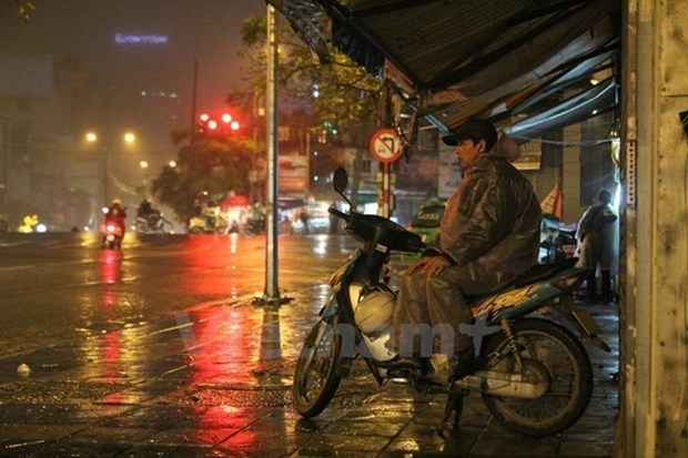 Canh bao lo dat tu Quang Tri den Quang Nam, Ha Noi mua dong manh hinh anh 1