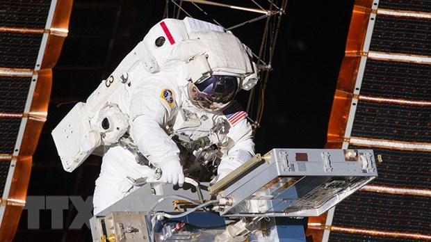 NASA xuc tien thuong mai hoa Tram Vu tru quoc te ISS hinh anh 1