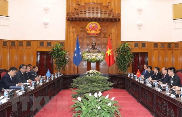 Thu tuong Nguyen Xuan Phuc tiep Chu tich Quoc hoi Micronesia hinh anh 2