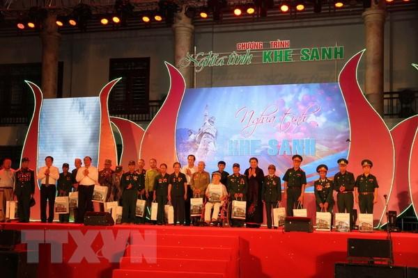 Quang Tri: Am ap chuong trinh giao luu Nghia tinh Khe Sanh hinh anh 1
