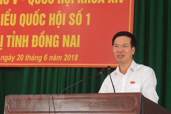 Khong co chuyen thong qua Luat Dac khu de ban dat cho nuoc ngoai hinh anh 1