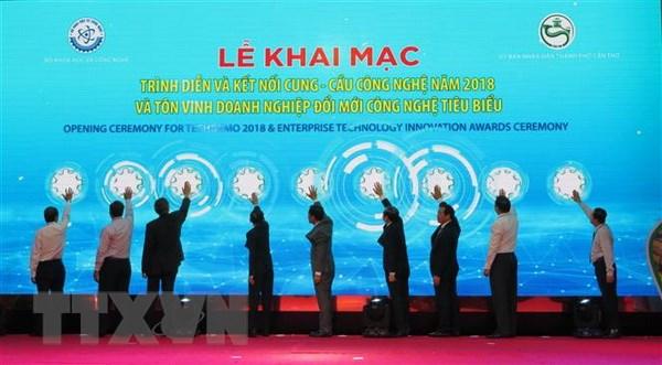 Khai mac chuoi su kien Trinh dien va ket noi cung-cau cong nghe hinh anh 1