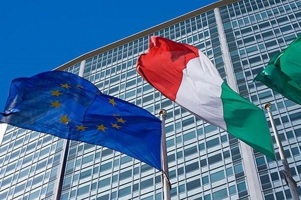 Ke hoach ngan sach cua Italy co the day EU vao cuoc khung hoang moi hinh anh 1