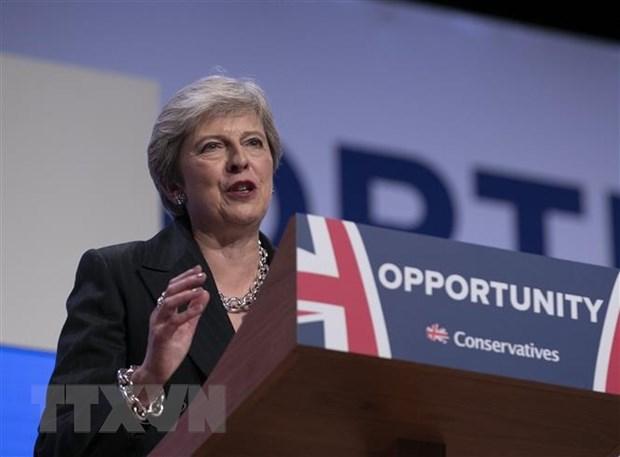 Thu tuong Anh Theresa May vuot qua cuoc bo phieu bat tin nhiem hinh anh 1