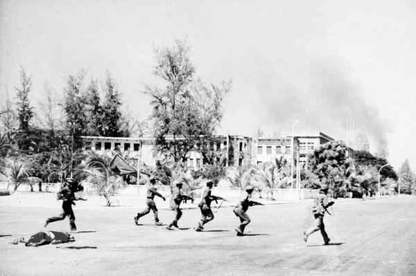 Thang loi vi dai cua tinh doan ket truyen thong Viet Nam-Campuchia hinh anh 1