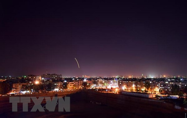 Phong khong Syria tuyen bo day lui mot vu khong kich cua Israel hinh anh 1