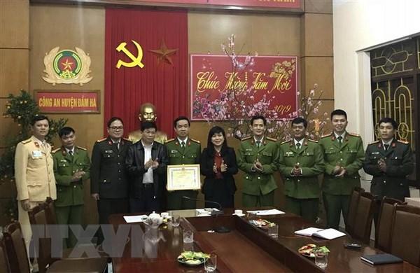Quang Ninh: Xo xat giua hai nhom thanh nien, 1 nguoi bi dam tu vong hinh anh 2