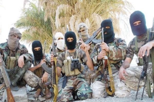 Iran: Nhom phien quan Jaish al-Adl thua nhan danh bom xe buyt cua IRGC hinh anh 1