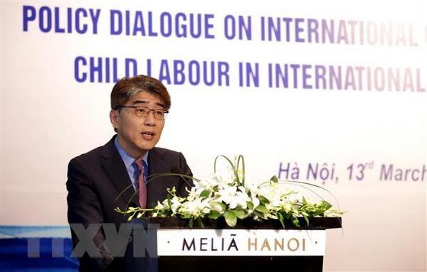 Đối thoại về lao động trẻ em trong các cam kết quốc tế về thương mại