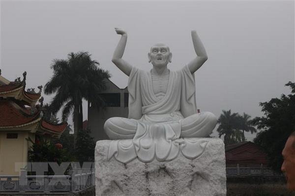 Ha Noi: 16 pho tuong La Han tai chua Khanh Long bi pha hoai hinh anh 2